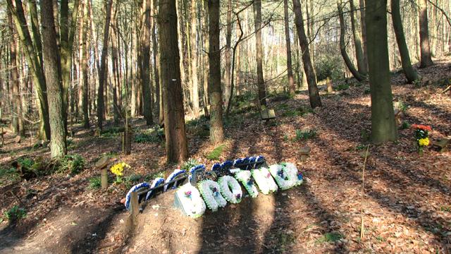 Woodland graves at GreenAcres