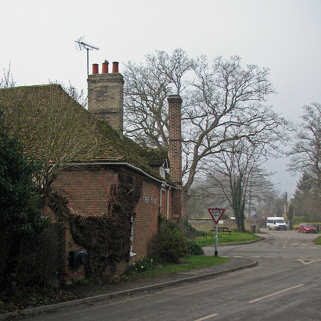 Newton: The Queen's Head on a misty morning