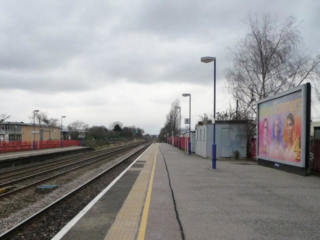 Looking north-west from Platform 4, South Ruislip