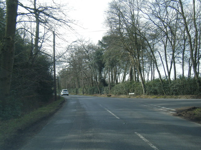 Heathfield Road at Sheepcote Lane