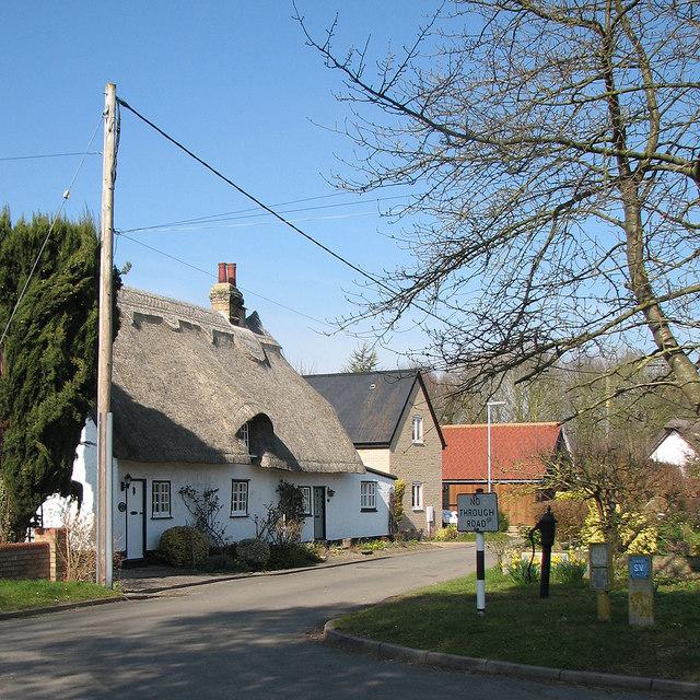 Foxton: the corner of Mortimers Lane
