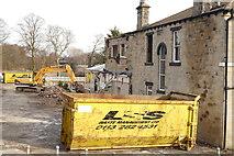 SE2237 : Demolition of the former Oliver's Paris restaurant (3) by Rich Tea