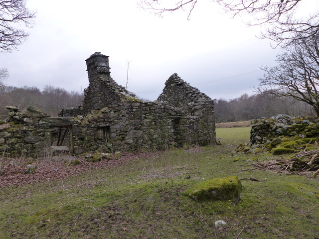 Ruined house used as sheep shed