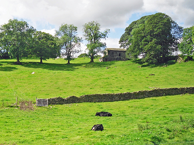 Field barn near Sharps Lane