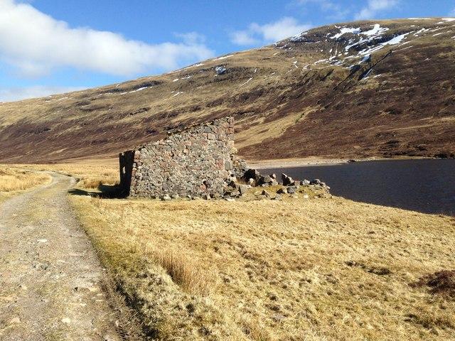 Ruin, Loch Eilde Mor