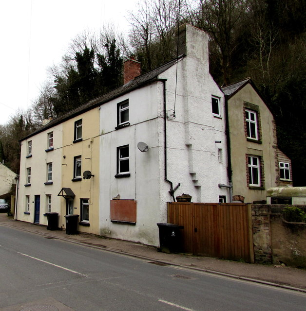 Three-storey houses, Central Lydbrook