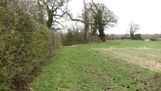 Permissive path at Howe Green