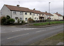 ST6976 : Shortwood Road houses, Pucklechurch by Jaggery