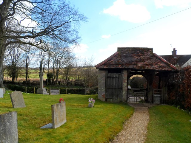 Lych gate and lock-up, St George's, Anstey