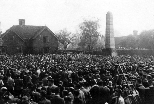 Cyclists' Service at Meriden Memorial about 1937