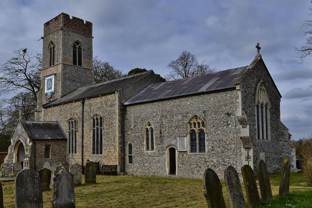 Saxlingham Nethergate: Church of St. Mary the Virgin from the south east