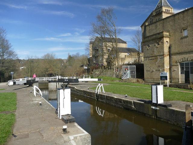 Bingley 3 Rise Locks