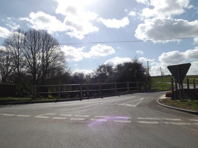 Main Road, Hemingstone