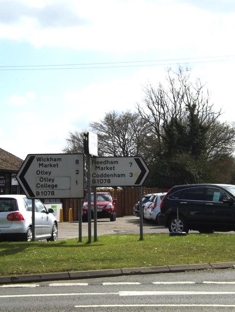 Roadsigns on the B1077 Ashbocking Road