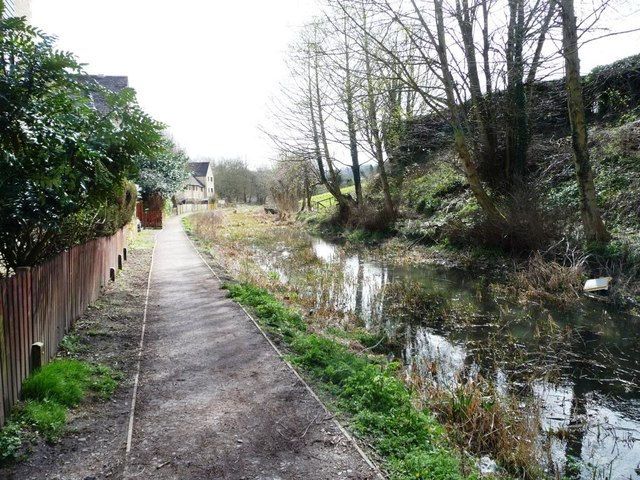 The Thames & Severn Canal above Bowbridge Lock