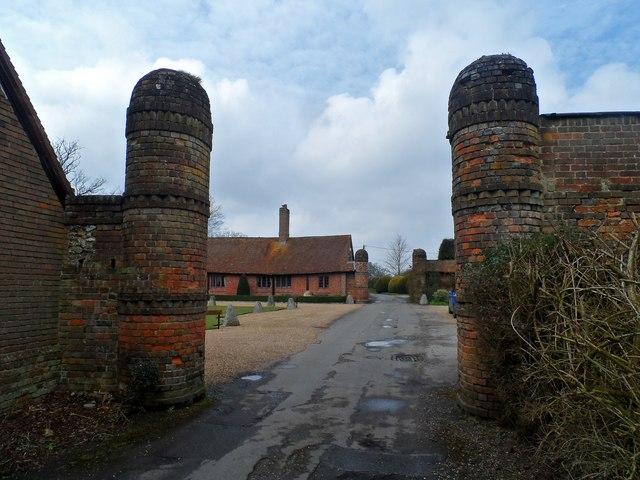 Entrance, Pednor House