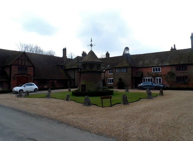Pednor House