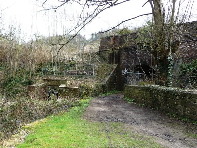 Thames & Severn Canal culverted [1]