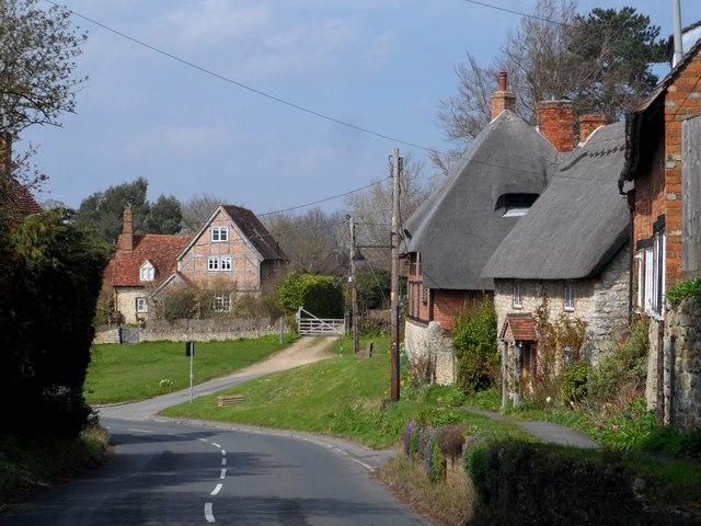 Lower End, Long Crendon