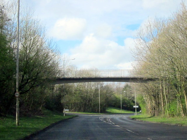 Footbridge Over Windmill Drive Hunt End Redditch
