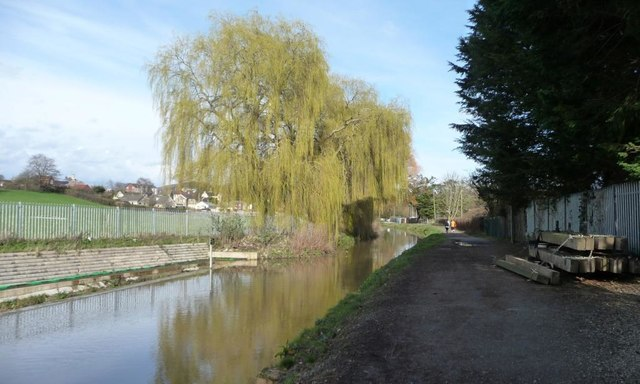 Stop planks on the towpath above Foundry or Upper Lock