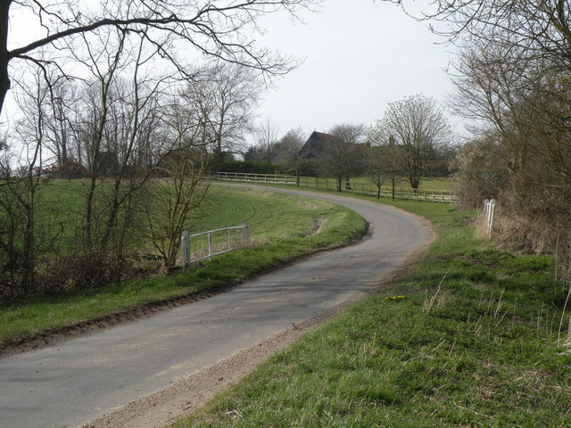 The road between Priory Green and Round Maple