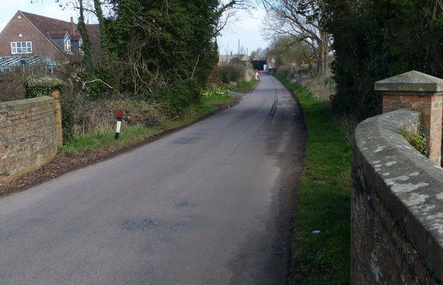 Oundle Road in Woodnewton
