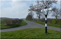 TL0393 : Road junction south of Woodnewton by Mat Fascione