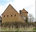 TG3420 : It looks like a chapel by Evelyn Simak