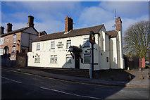 SJ6807 : The Queen's Head, King Street, Dawley by Ian S