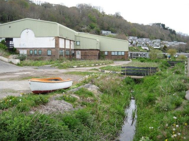 Disused building, Millendreath