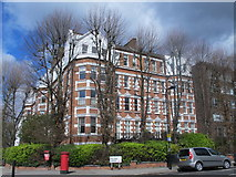 TQ2784 : Manor Mansions, Belsize Grove / Belsize Park Gardens, NW3 by Mike Quinn