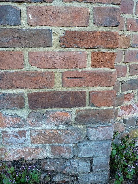 OS benchmark - Grange Hill, wall south of junction with Abbey Lane