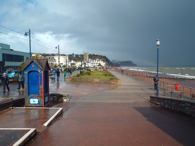 Teignmouth seafront