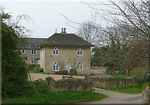 SP9599 : Keeper's Cottage, Wakerley by Alan Murray-Rust