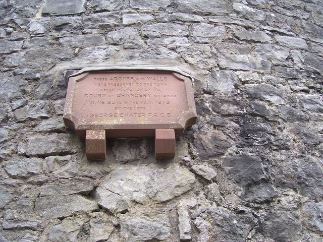 Photo of George Chater brown plaque