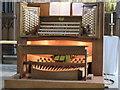SK7953 : Organ console, St Mary Magdalene church, Newark by J.Hannan-Briggs