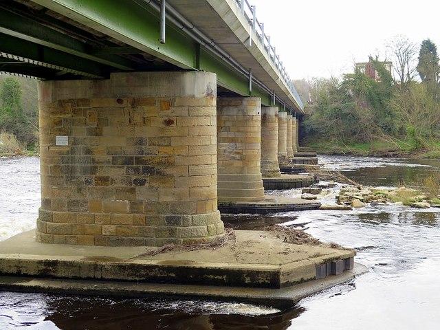Wylam Bridge from below
