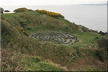 NS2515 : Labyrinth, Dunure by Richard Sutcliffe