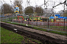 TA0729 : New play area in West Park, Hull by Ian S