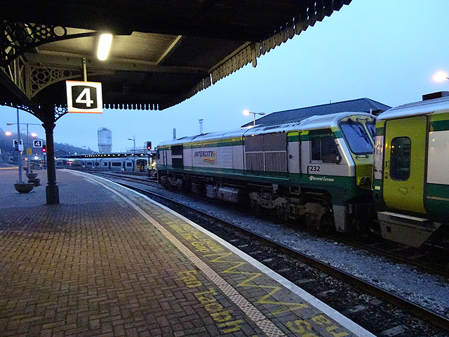 A train for Dublin stands in Cork Kent station