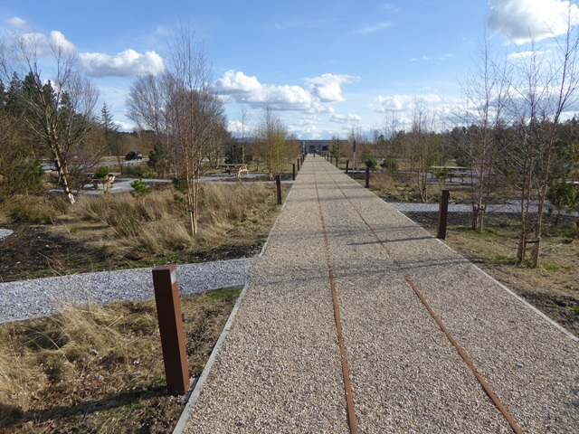 Path to the visitor centre, Lough Boora Discovery Park