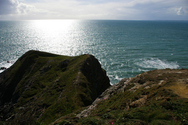 Rock outcrop at Pedngwinian, from the South West Coast Path
