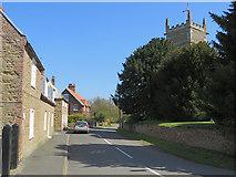 SE8821 : Church Side, Alkborough by Paul Harrop