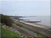 TM2531 : Promenade and beach at Dovercourt by Jonathan Thacker