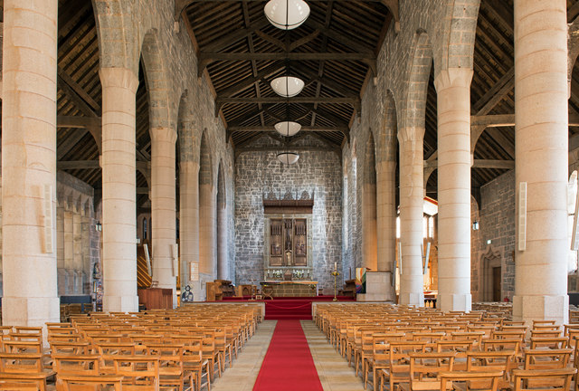 Cathedral Church of St Columba, interior - April 2016 (3)