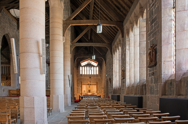 Cathedral Church of St Columba, interior - April 2016 (4)