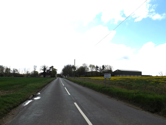 Entering Henley on Main Road