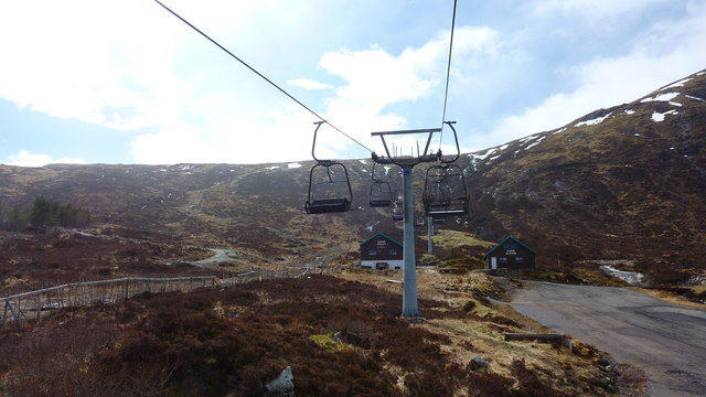 Chairlift at Glencoe Mountain Resort