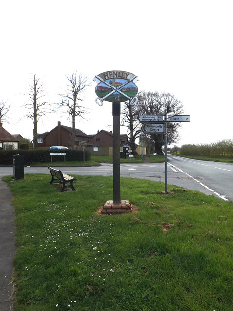 Henley Village sign